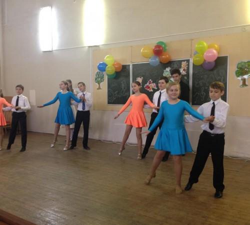 Kinderfest: инсценировка творческого коллектива гимназии № 1